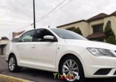 un carro seat toledo 2013 en san nicolás de los garza