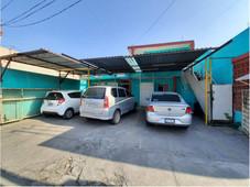venta de casa con departamentos en centro gpe,n.l.