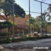 en venta casa en el fraccionamiento burgos cuernavaca - 4 habitaciones - 6 baños